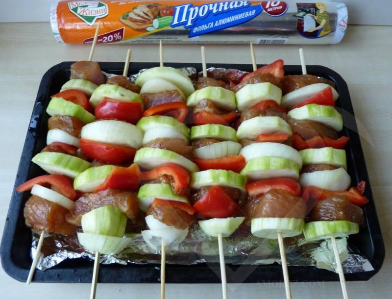 Рецепт мяса на шпажках в духовке