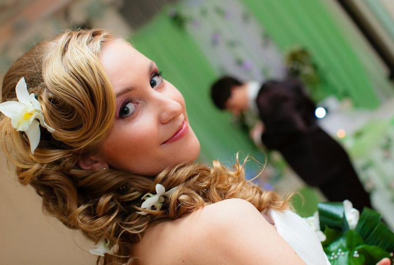 Свадебная причёска – как сделать её неотразимой