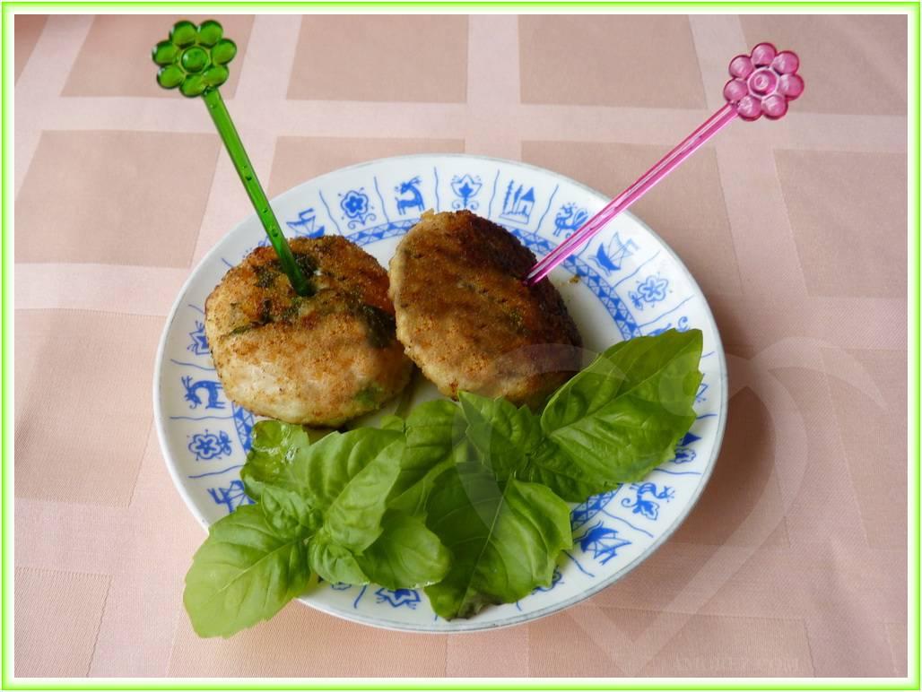 котлетки из рубленого мяса с овощами