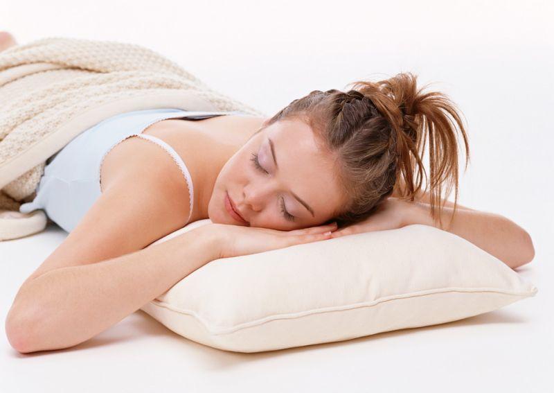 спящего человека во сне стильный оригинальный