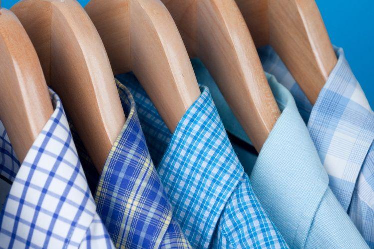 Как правильно гладить и складывать мужские рубашки