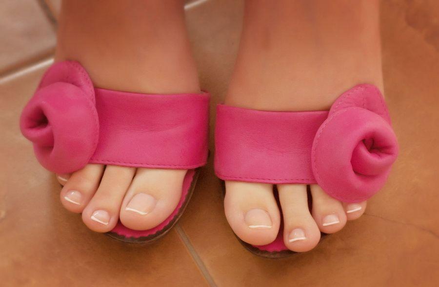 Фото женских ног пальчиков 3 фотография