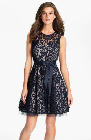 Кружевное платье - выбираем и носим правильно