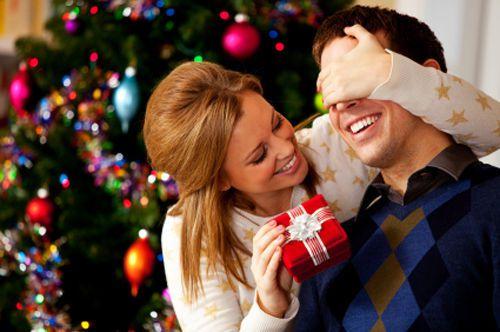 Что подарить на Новый 2014 год парню